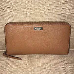 Kate Spade Zip Around Wallet